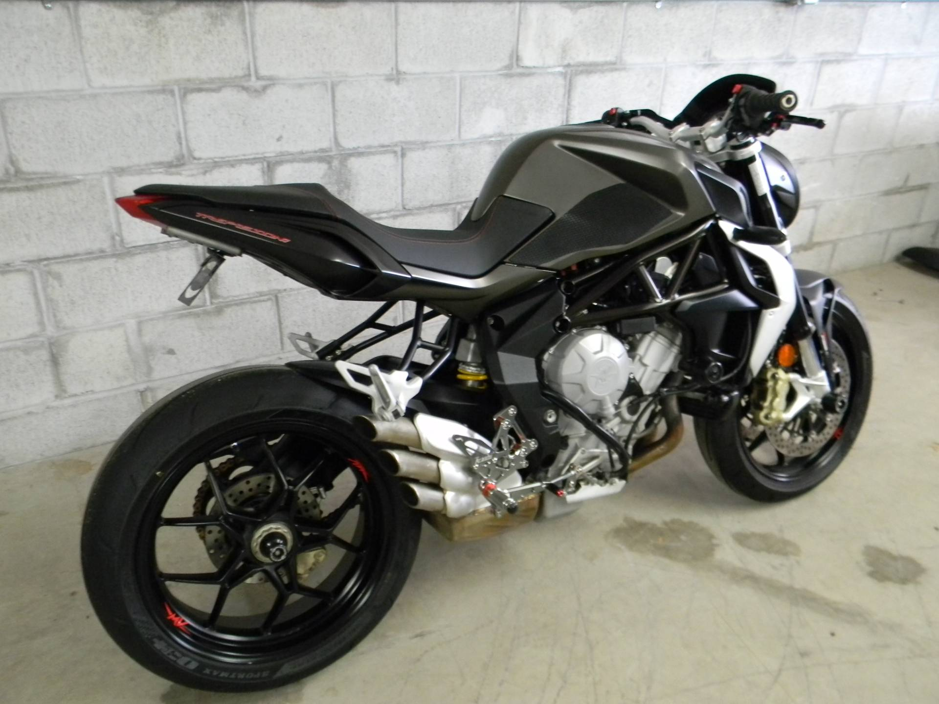 2015 MV Agusta Brutale 675 in Springfield, Massachusetts
