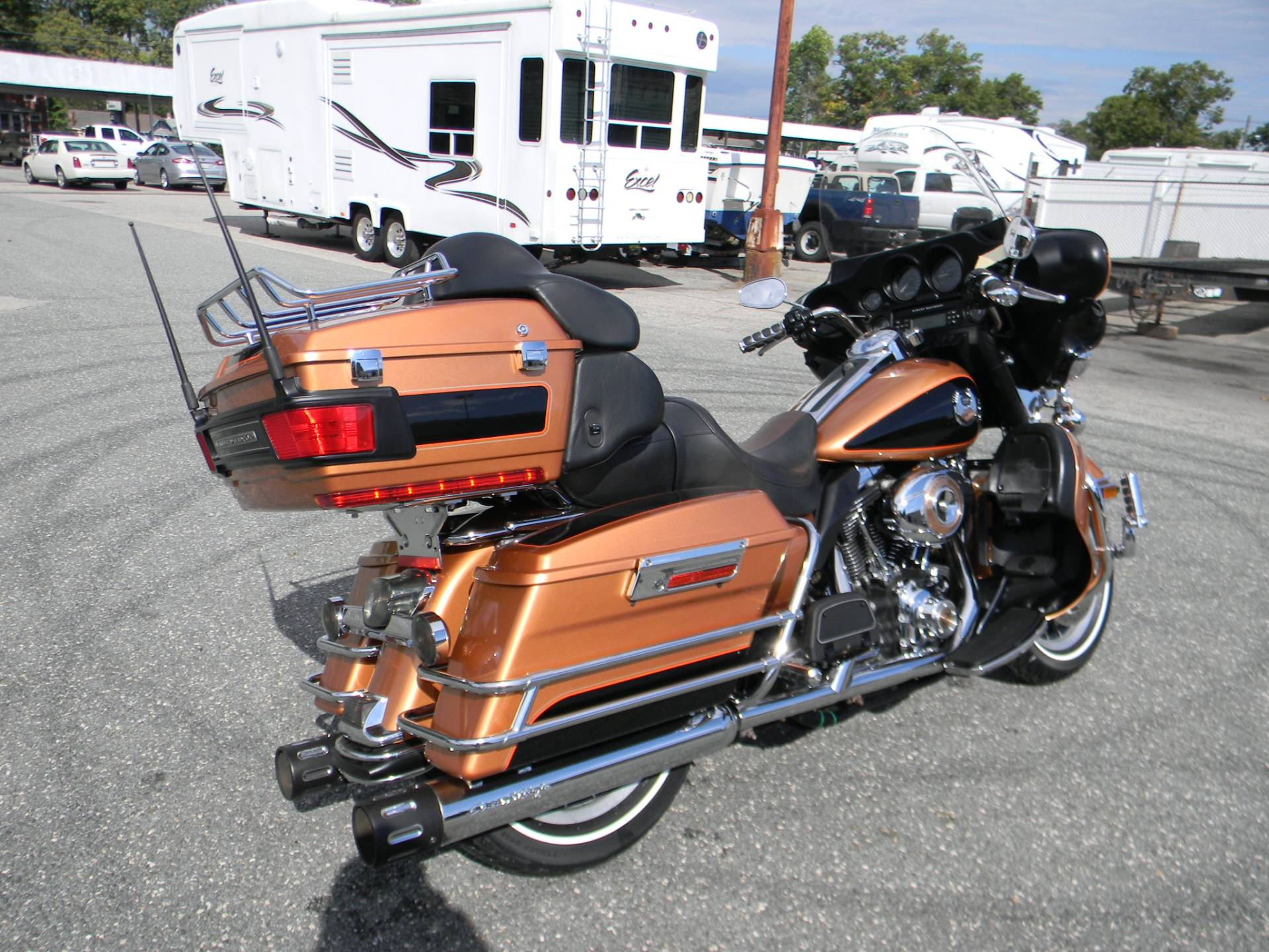 2008 Harley-Davidson Ultra Classic® Electra Glide® in Springfield, Massachusetts - Photo 3