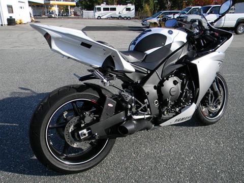 2012 Yamaha YZF-R1 in Springfield, Massachusetts