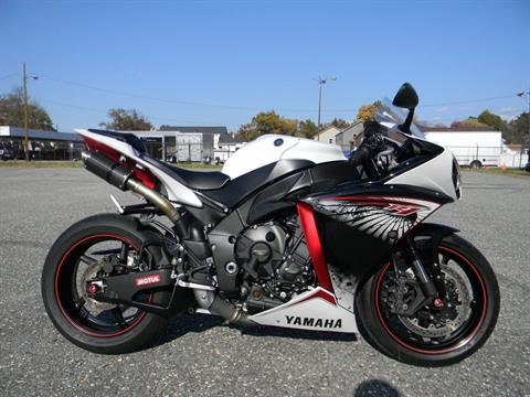 2012 Yamaha YZF-R1 in Springfield, Massachusetts - Photo 1