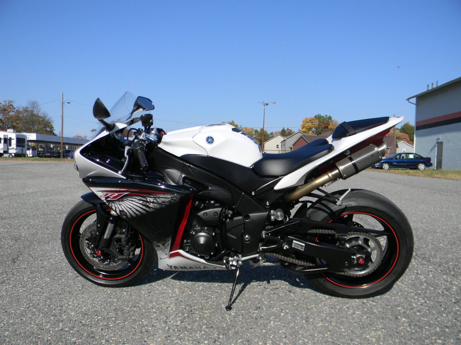 2012 Yamaha YZF-R1 in Springfield, Massachusetts - Photo 5