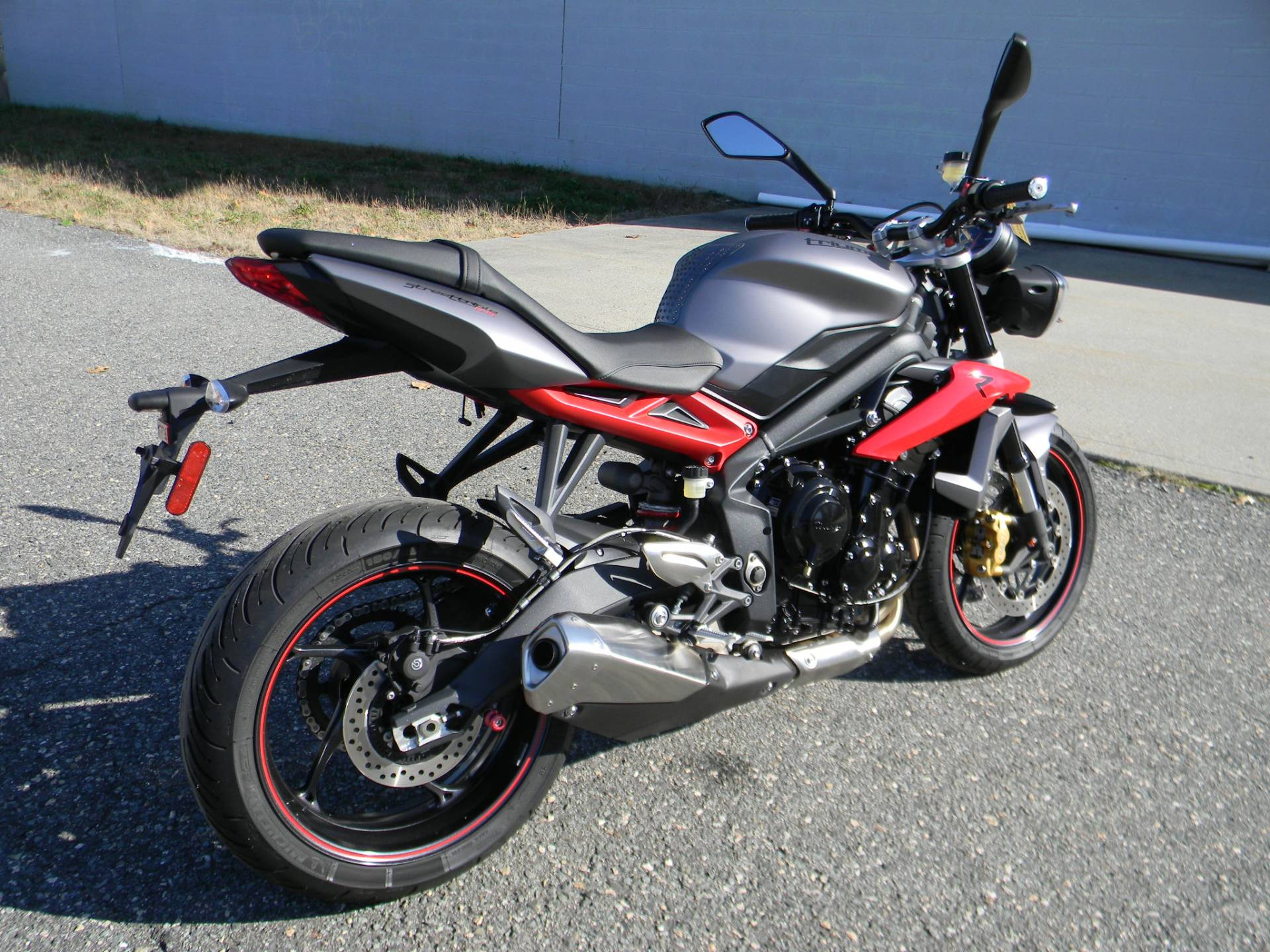 2014 Triumph Street Triple R ABS in Springfield, Massachusetts - Photo 3