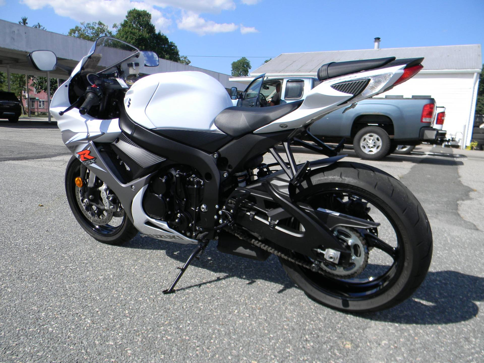 2015 Suzuki GSX-R600 in Springfield, Massachusetts - Photo 7