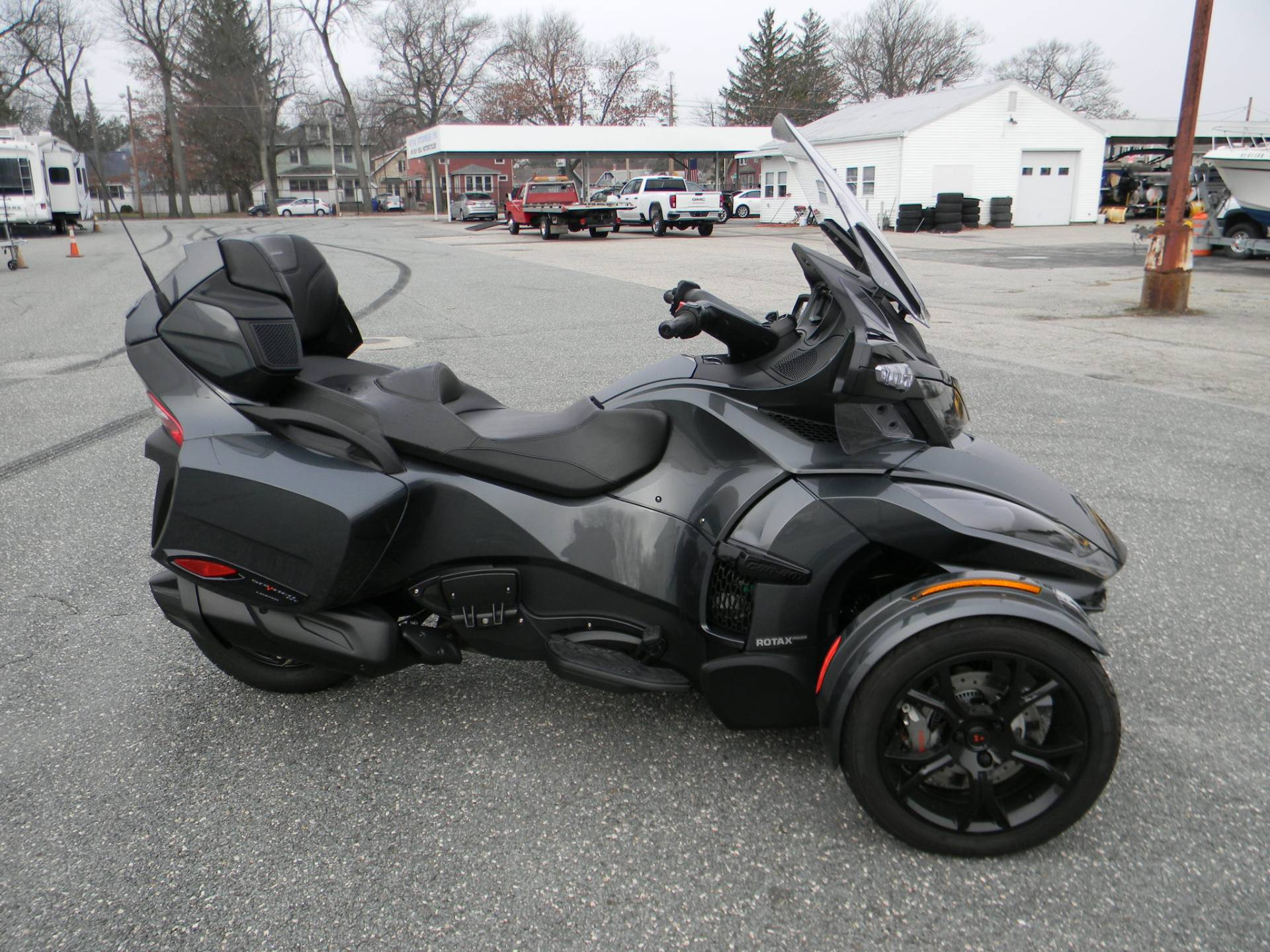 2019 Can-Am Spyder RT Limited in Springfield, Massachusetts - Photo 1