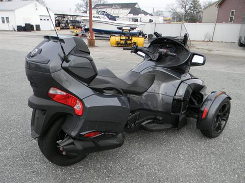 2019 Can-Am Spyder RT Limited in Springfield, Massachusetts - Photo 3