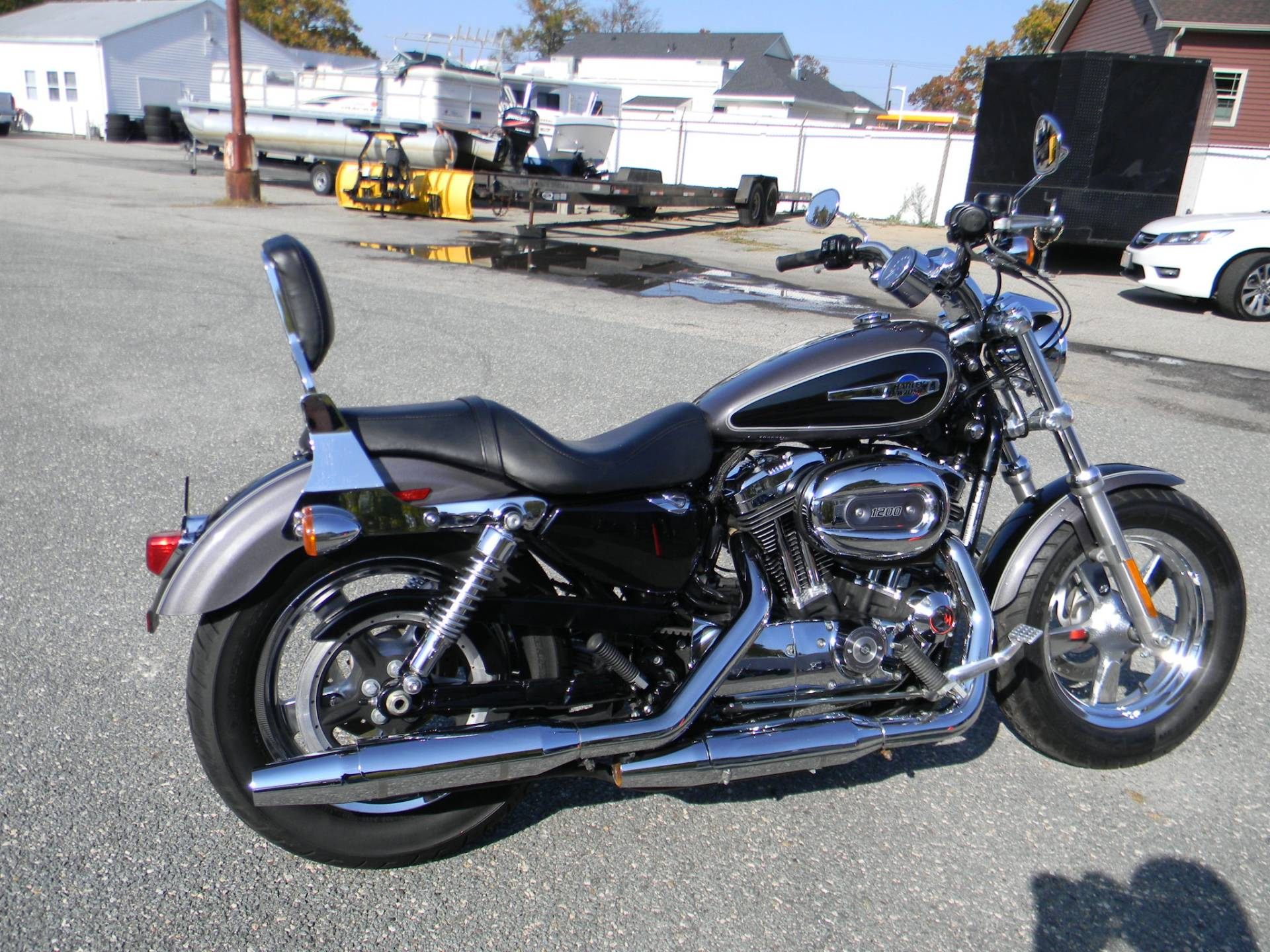 2014 Harley-Davidson 1200 Custom in Springfield, Massachusetts - Photo 3