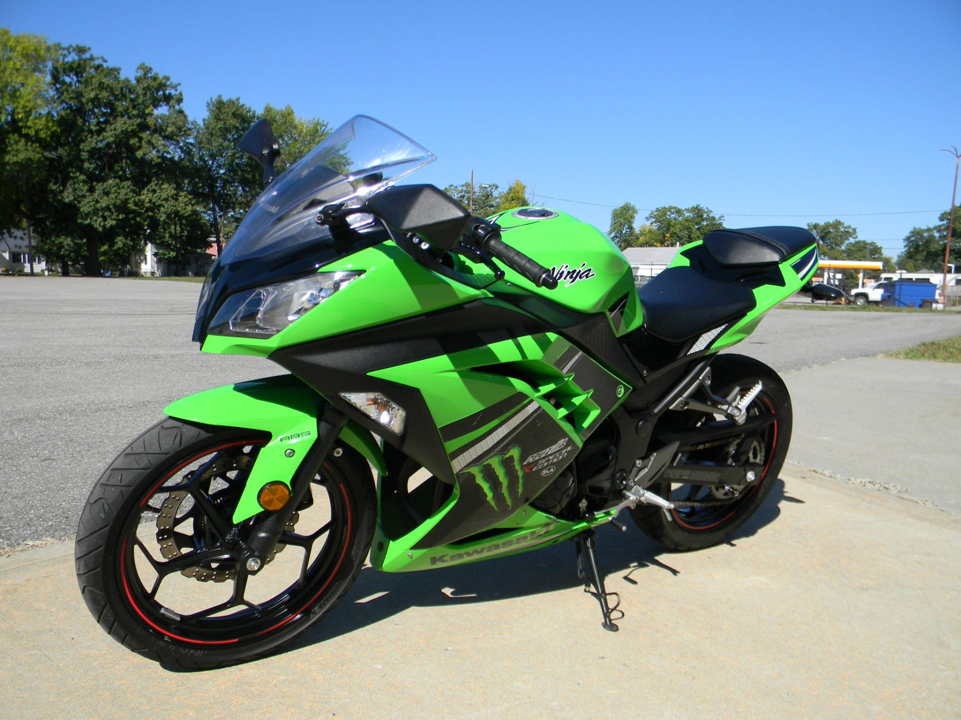 2014 kawasaki ninja 300 abs se for sale springfield ma 579653. Black Bedroom Furniture Sets. Home Design Ideas