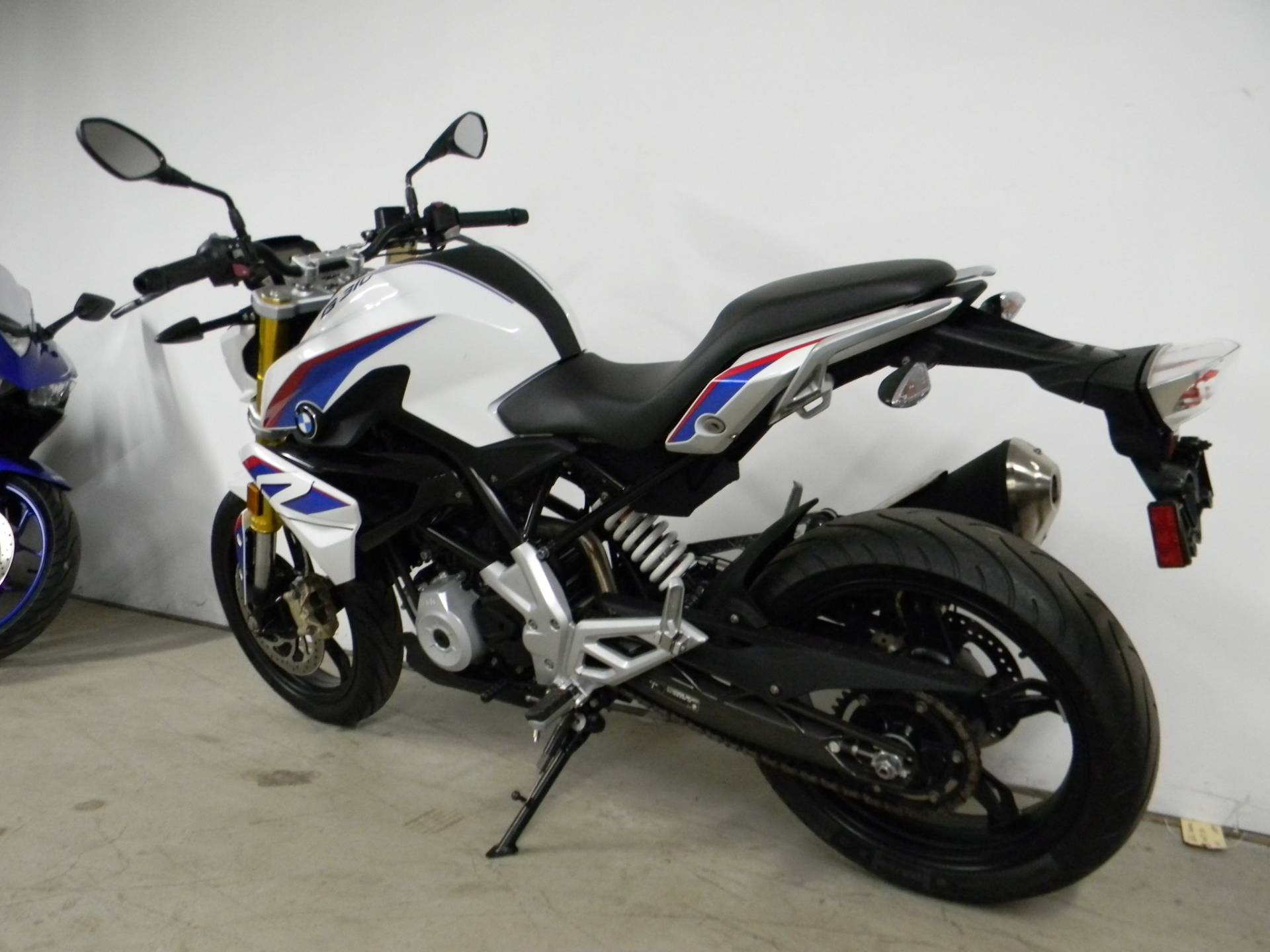 2018 BMW G 310 R in Springfield, Massachusetts - Photo 7