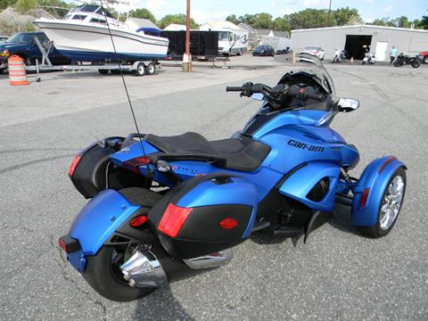 2015 Can-Am Spyder® ST Limited in Springfield, Massachusetts - Photo 3