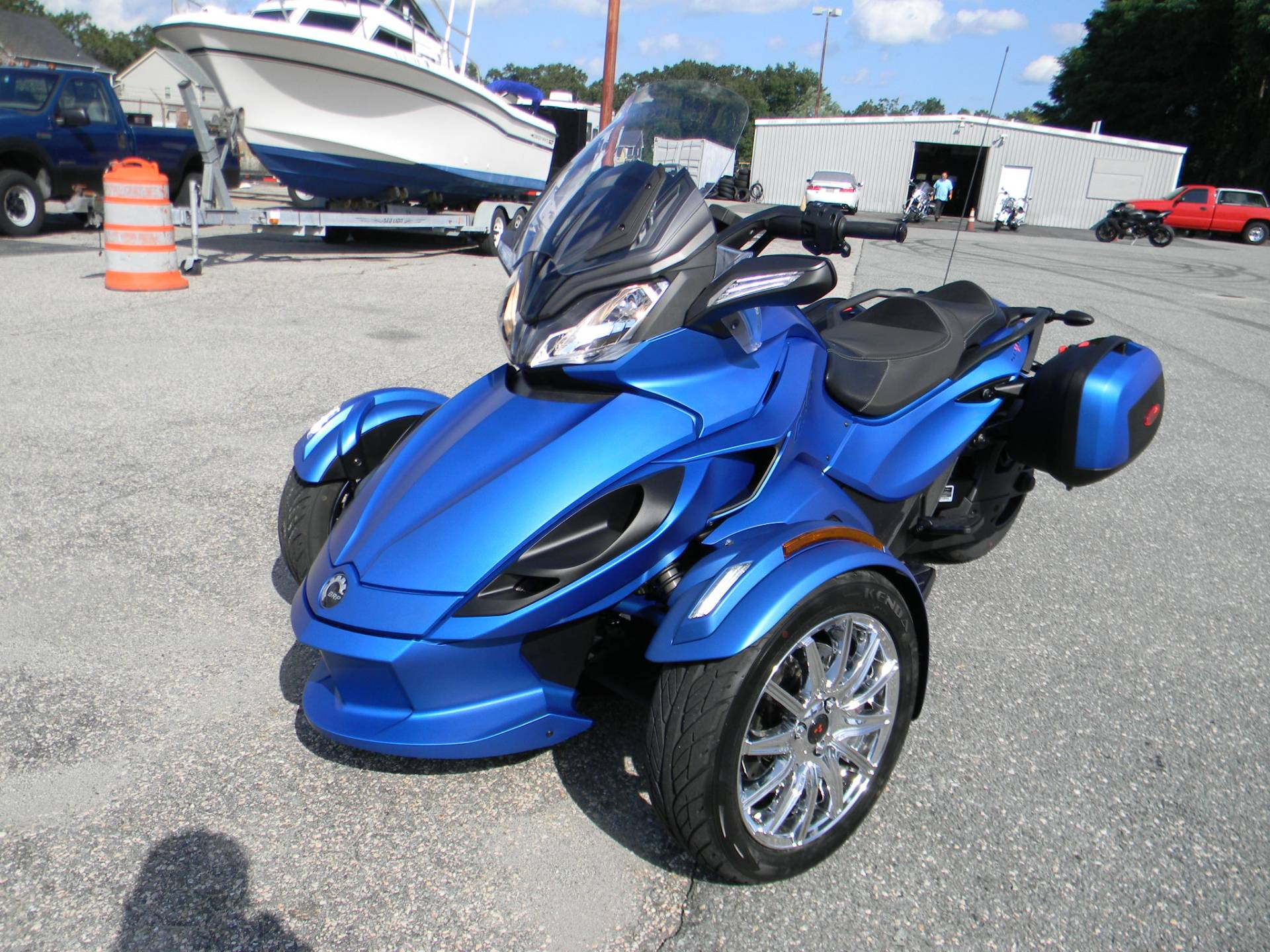 2015 Can-Am Spyder® ST Limited in Springfield, Massachusetts - Photo 6