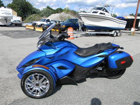 2015 Can-Am Spyder® ST Limited in Springfield, Massachusetts - Photo 7
