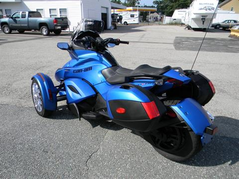 2015 Can-Am Spyder® ST Limited in Springfield, Massachusetts - Photo 8