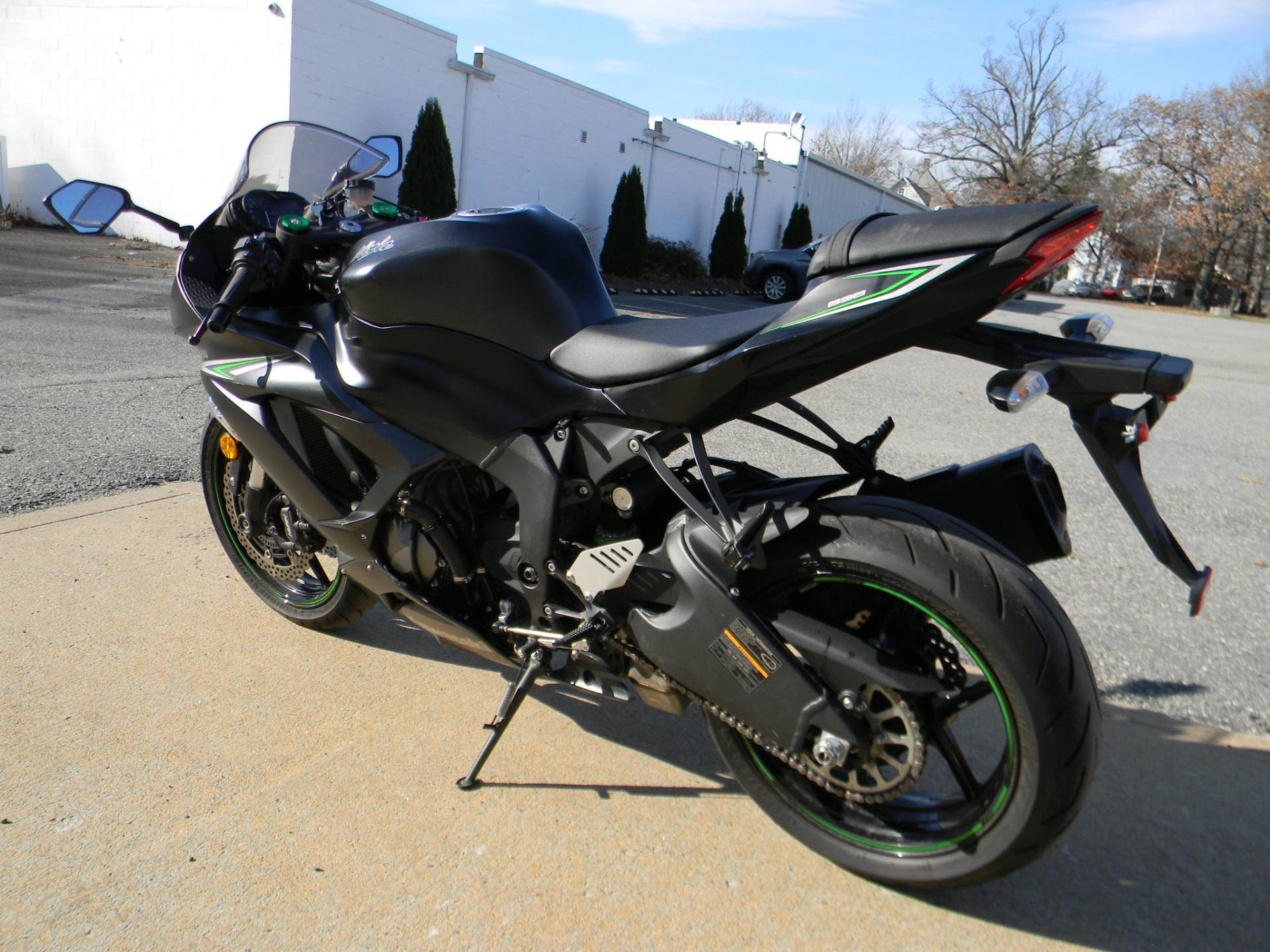 2016 Kawasaki Ninja ZX-6R ABS in Springfield, Massachusetts - Photo 7