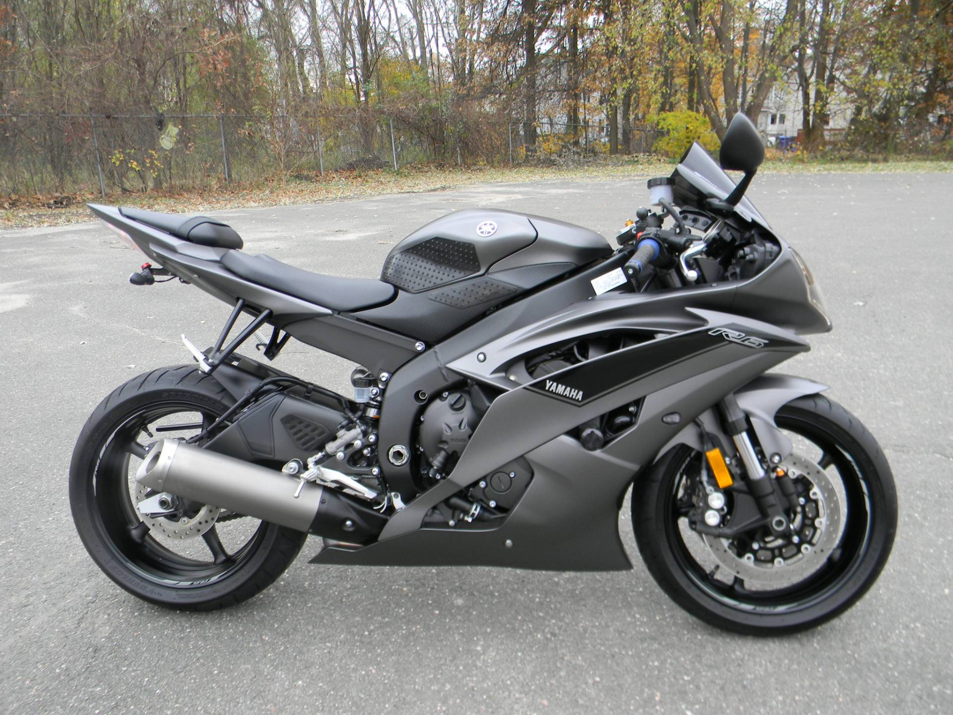 2016 Yamaha YZF-R6 in Springfield, Massachusetts - Photo 1