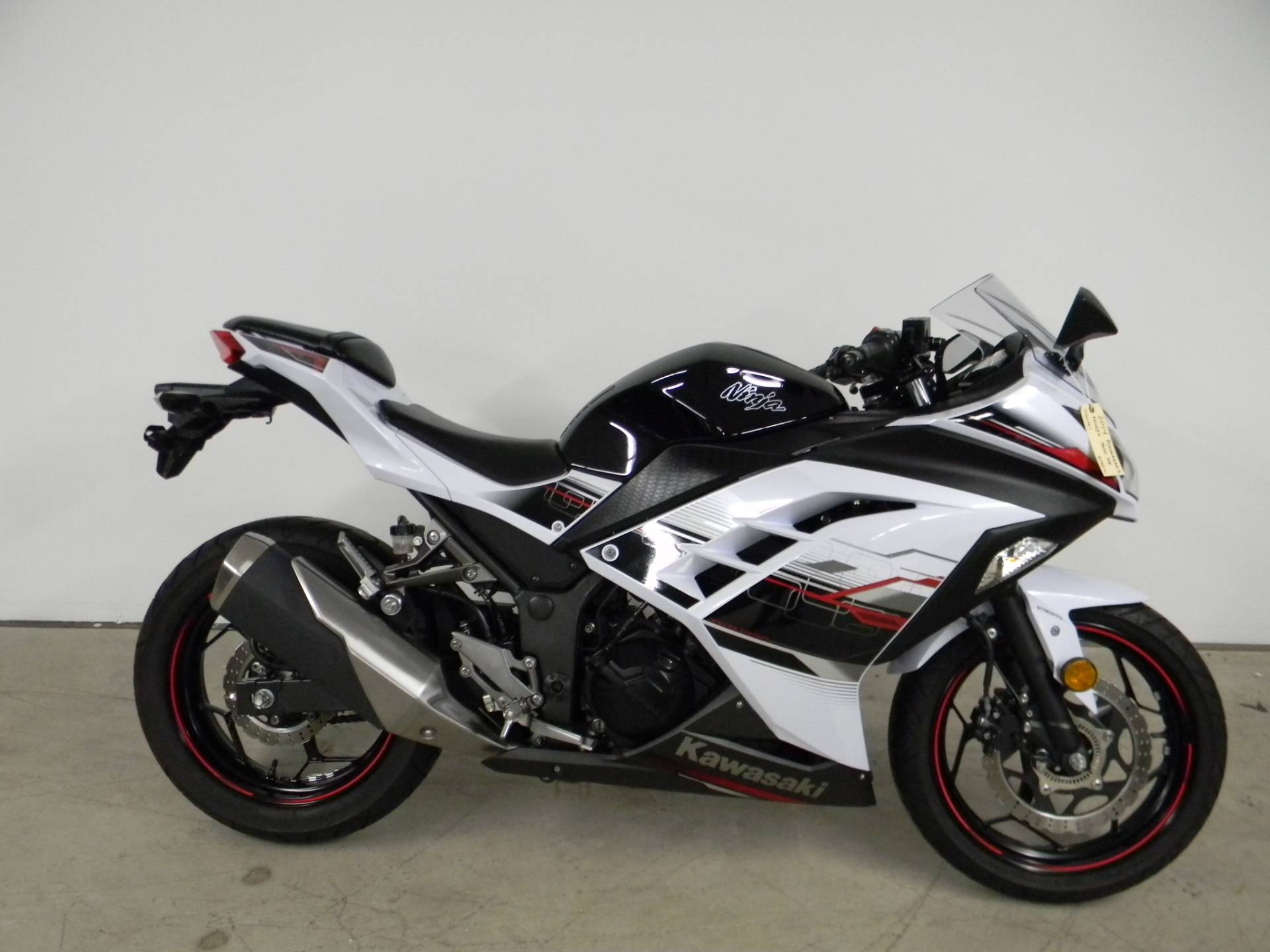 2014 Kawasaki Ninja® 300 SE in Springfield, Massachusetts - Photo 1