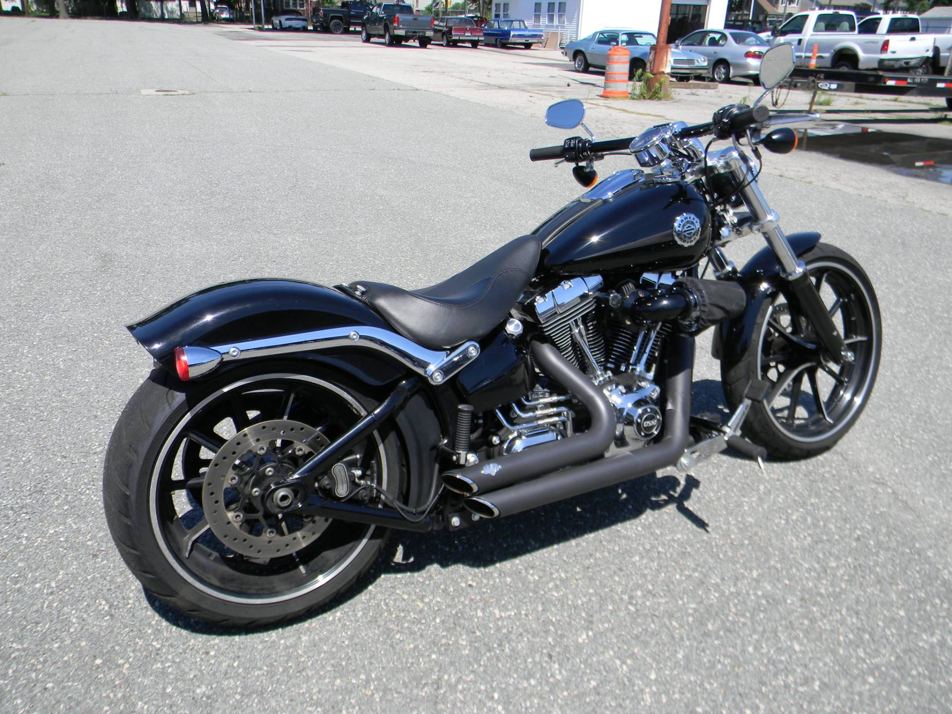 2015 Harley-Davidson Breakout® in Springfield, Massachusetts