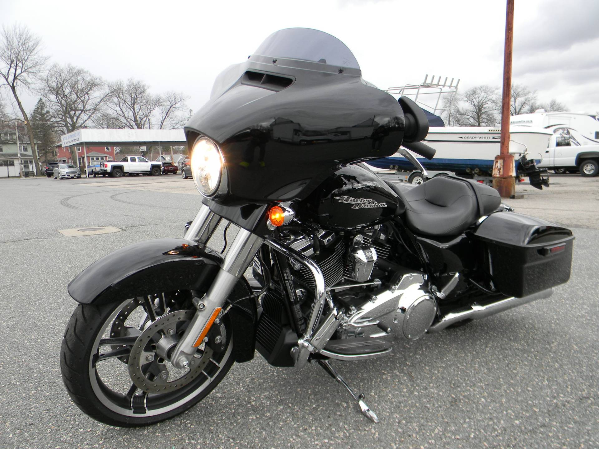 2017 Harley-Davidson Street Glide® Special in Springfield, Massachusetts