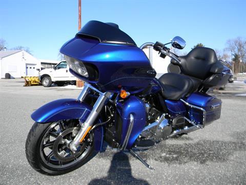 2016 Harley-Davidson Road Glide® Ultra in Springfield, Massachusetts