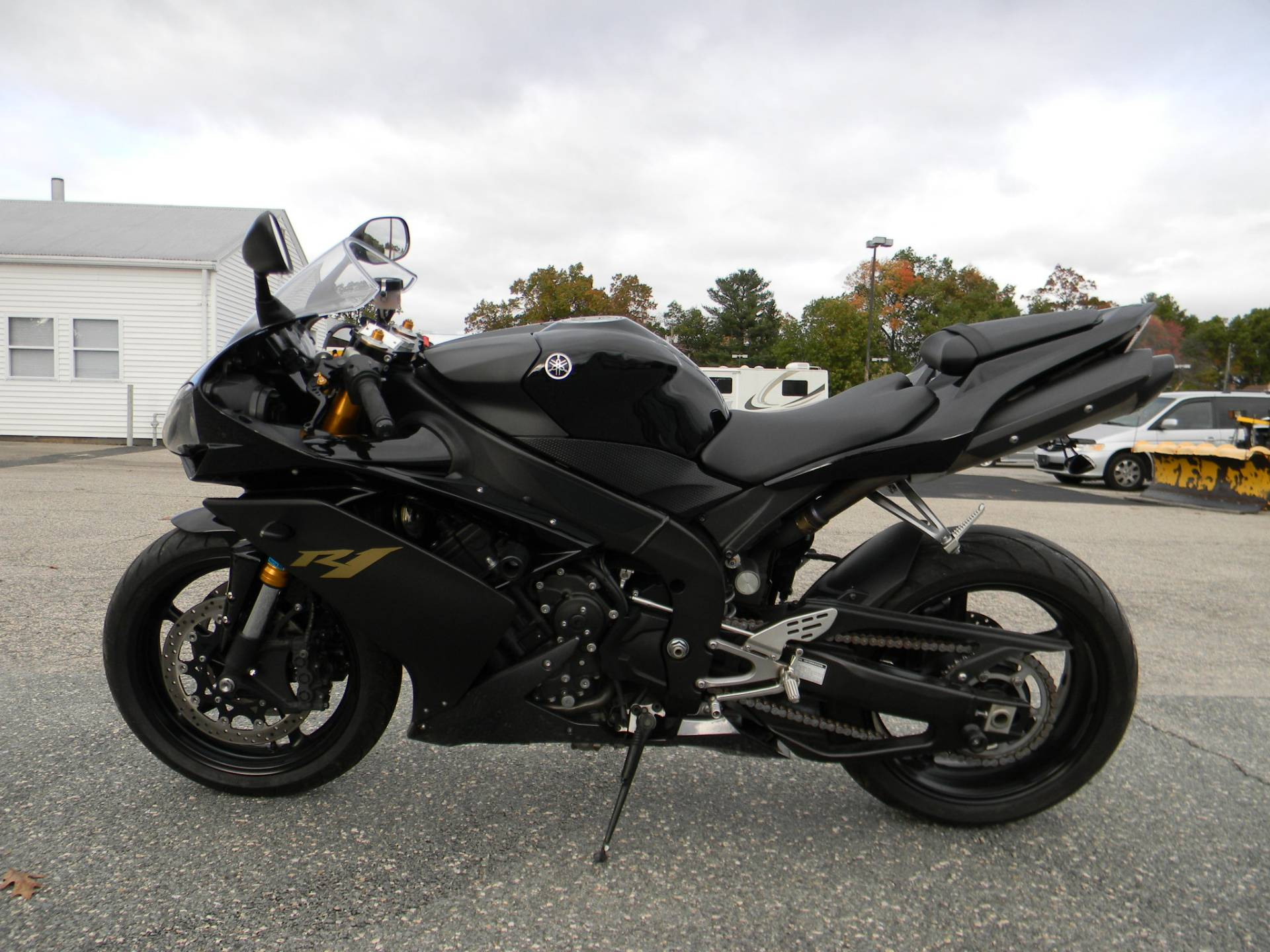 2008 Yamaha YZFR1 in Springfield, Massachusetts
