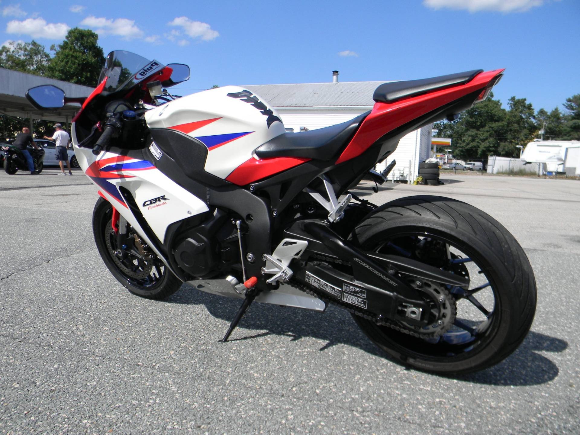 2015 Honda CBR®1000RR in Springfield, Massachusetts - Photo 7