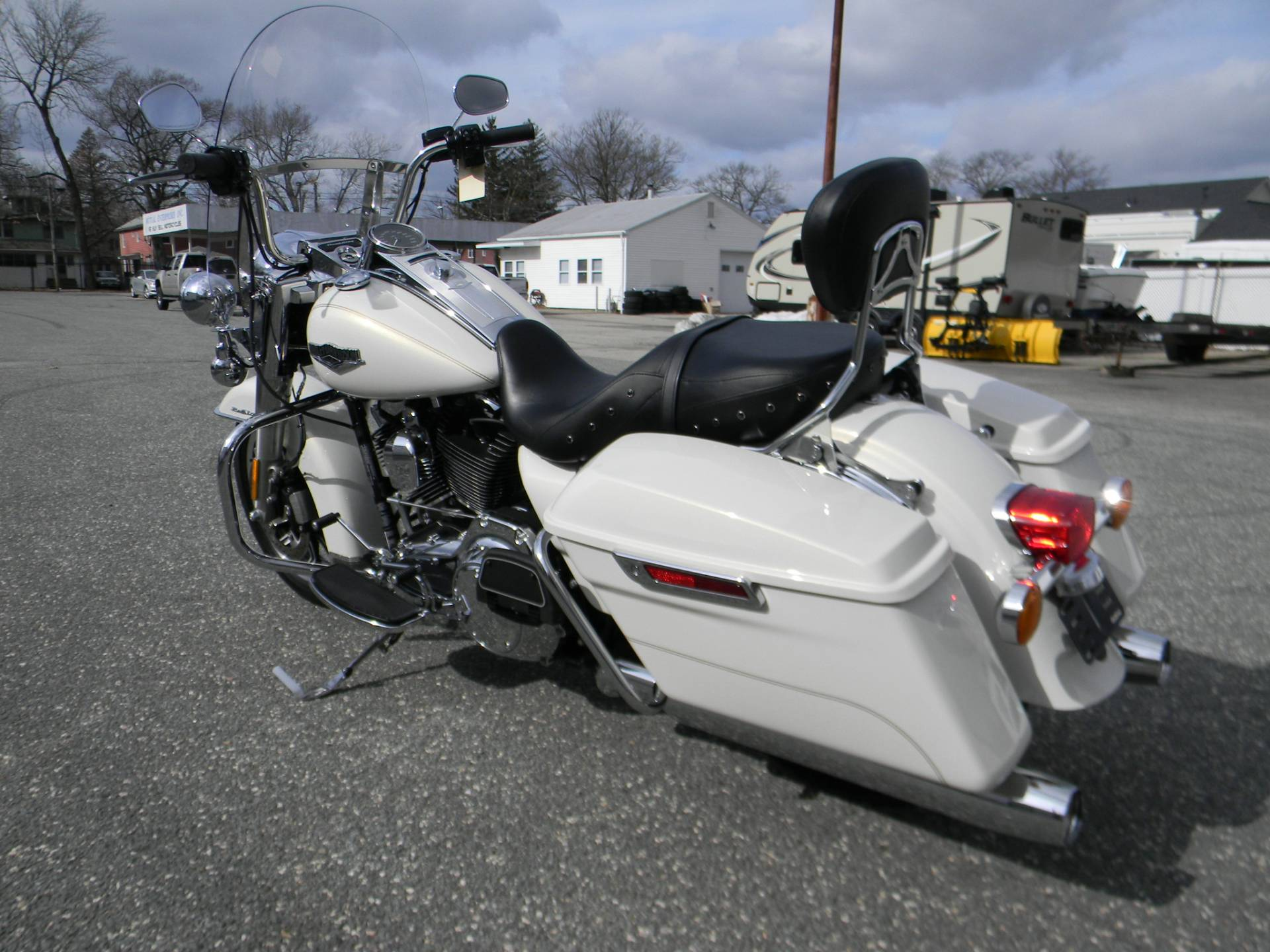 2015 Harley-Davidson Road King® in Springfield, Massachusetts - Photo 6