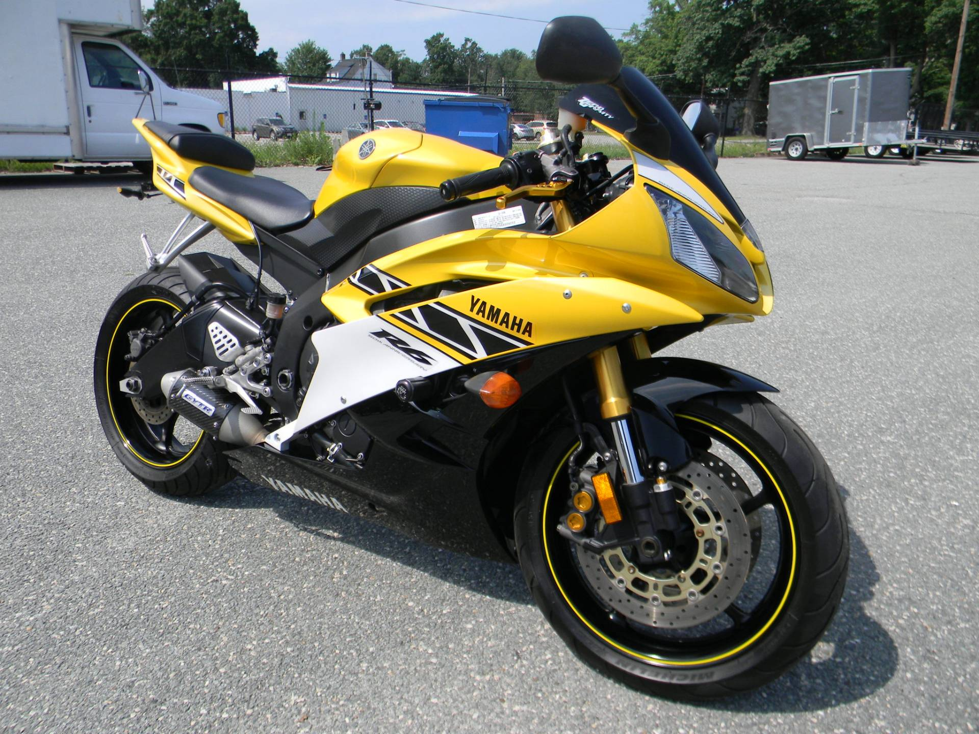 2006 Yamaha YZF-R6 2