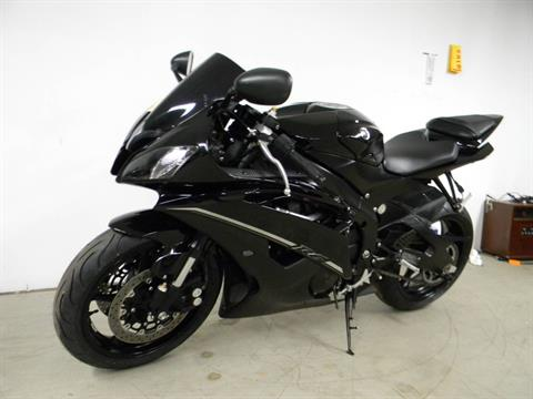 2012 Yamaha YZF-R6 in Springfield, Massachusetts - Photo 4