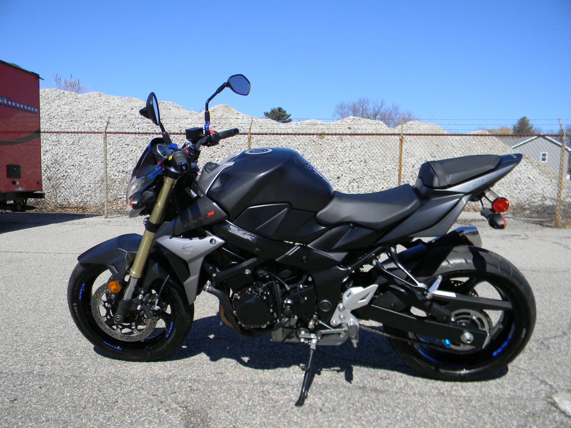 2015 Suzuki GSX-S750 in Springfield, Massachusetts - Photo 5
