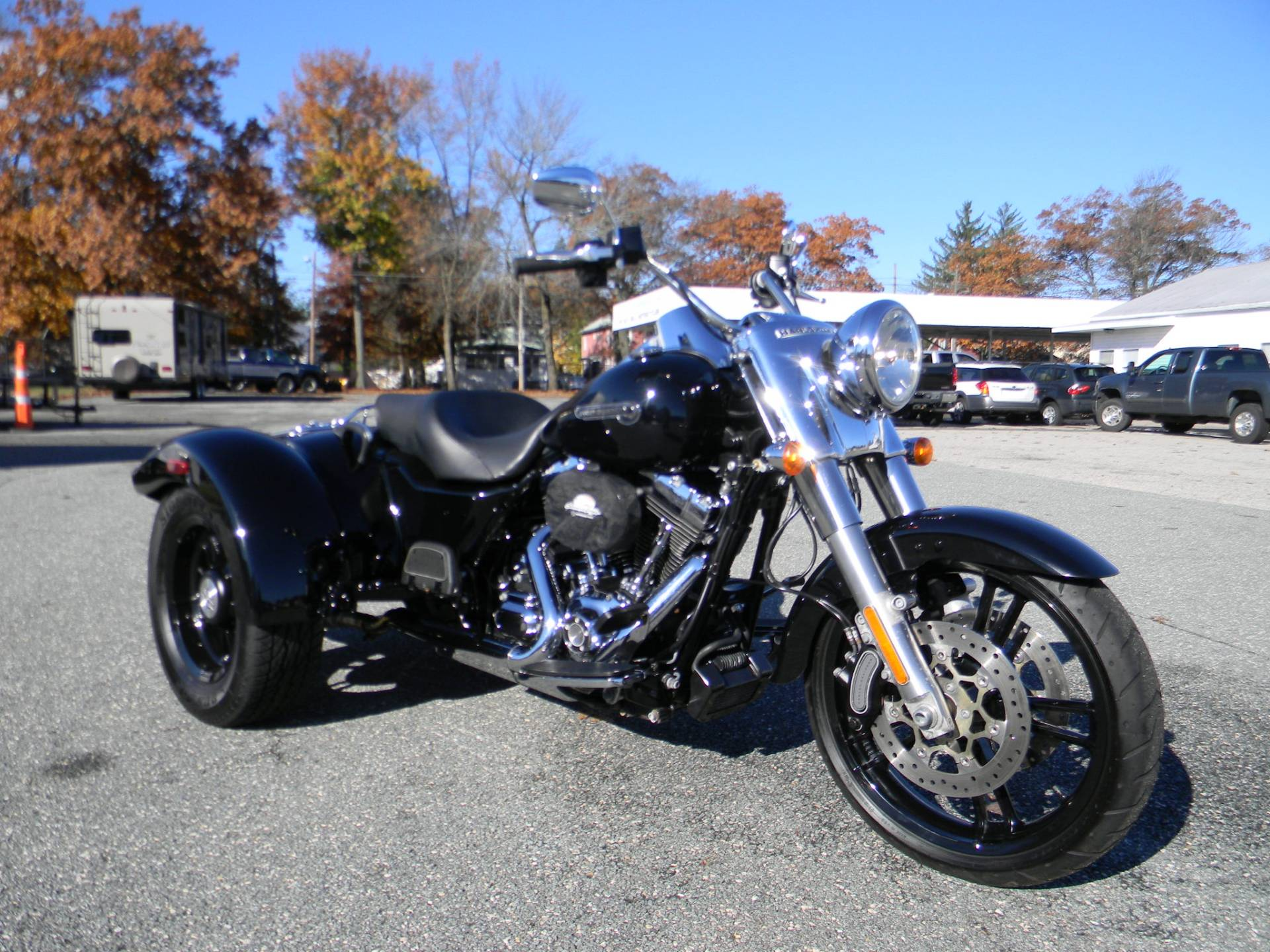 2016 Harley-Davidson Freewheeler™ in Springfield, Massachusetts - Photo 2