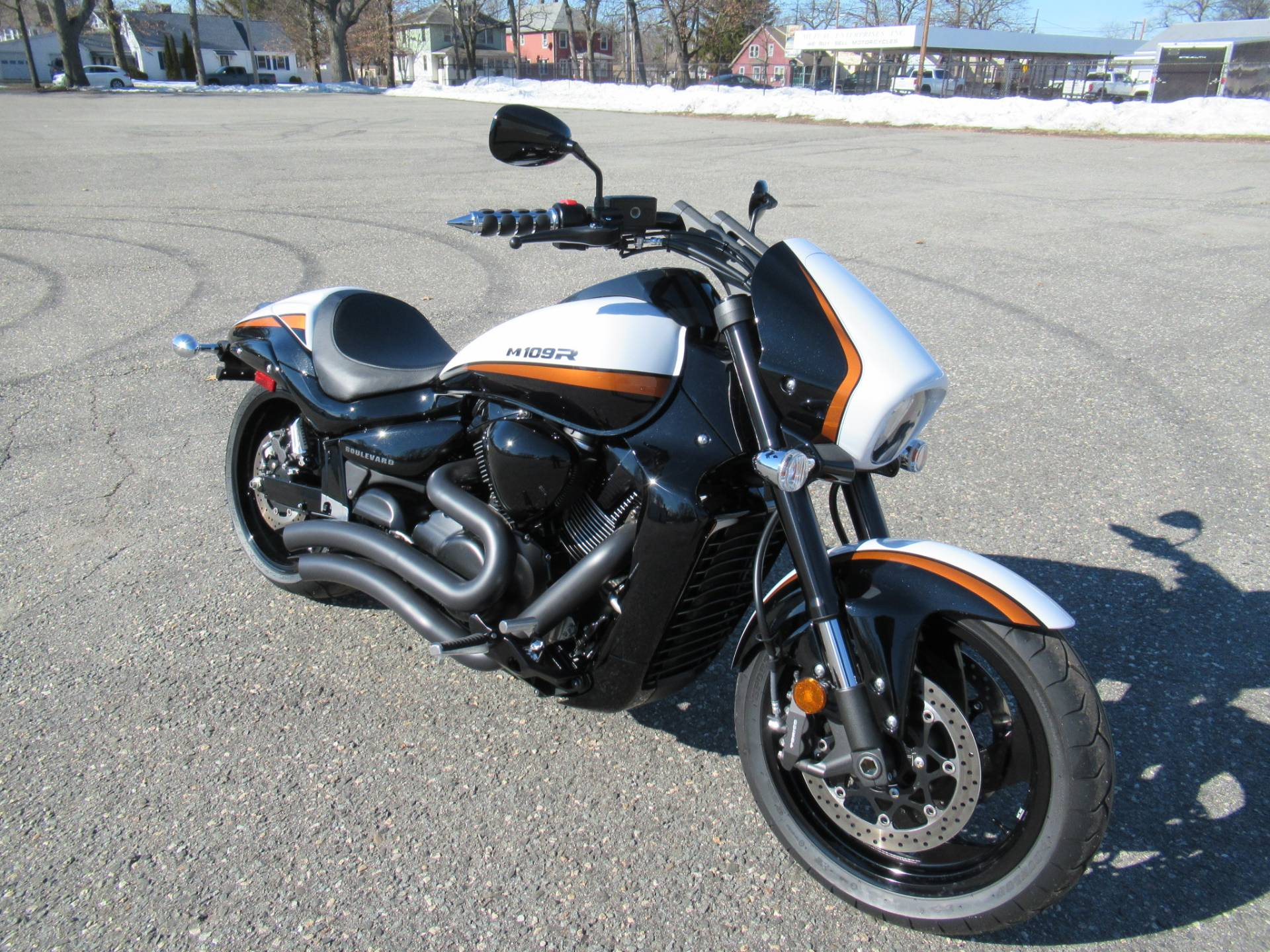2020 Suzuki Boulevard M109R B.O.S.S. in Springfield, Massachusetts - Photo 2