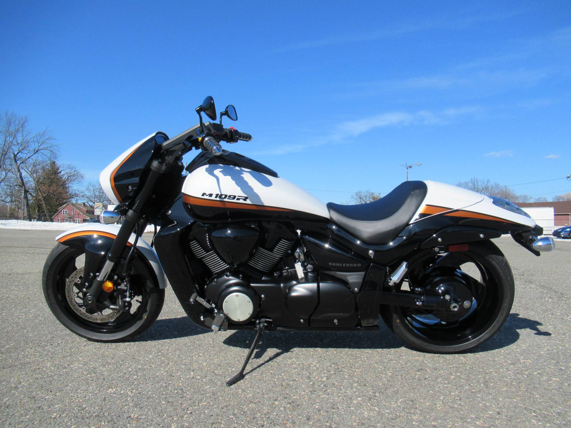 2020 Suzuki Boulevard M109R B.O.S.S. in Springfield, Massachusetts - Photo 6