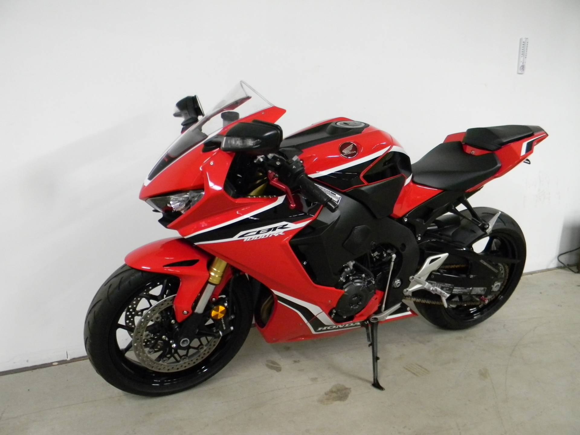 2017 Honda CBR1000RR in Springfield, Massachusetts
