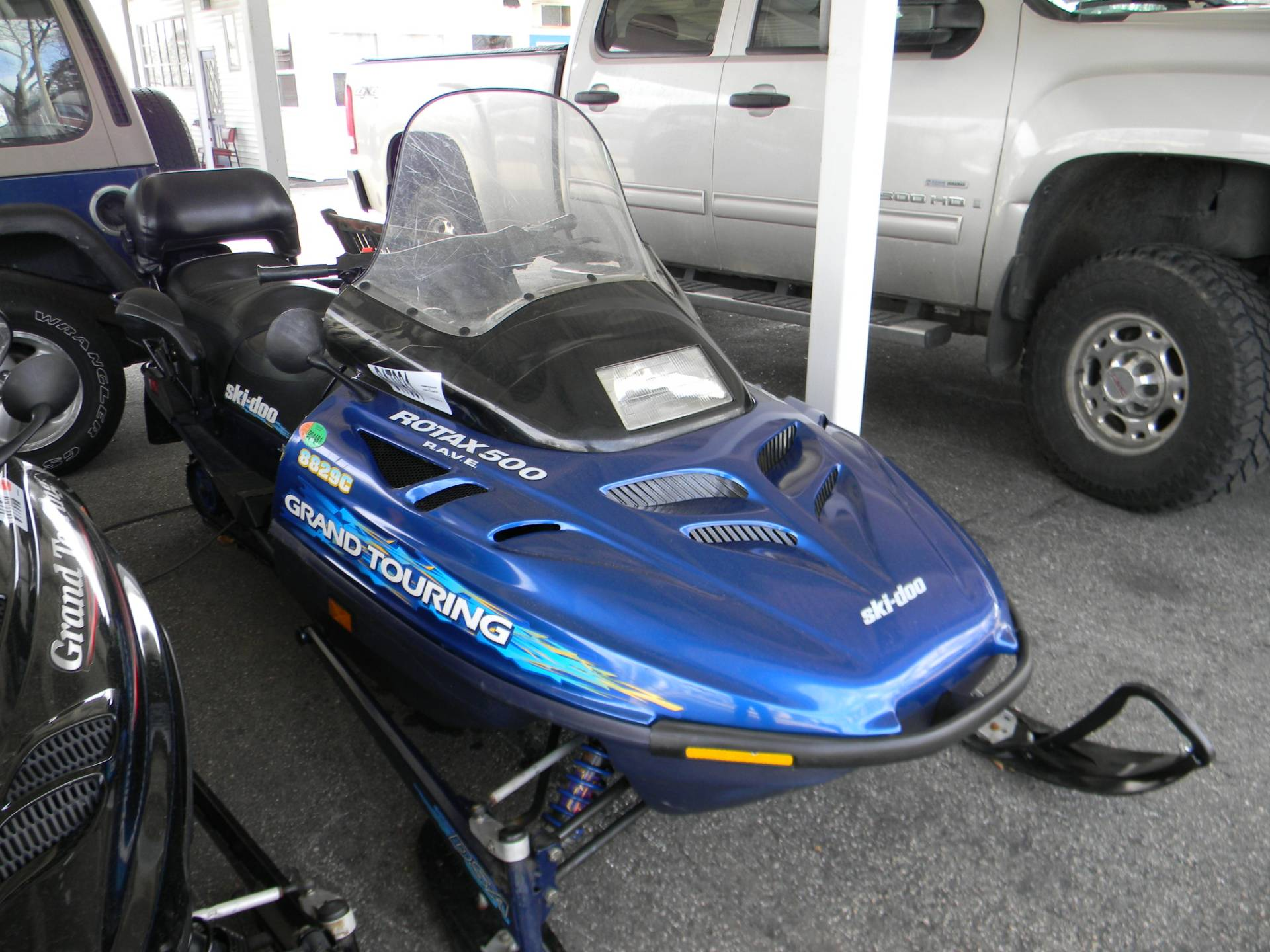 1998 Ski-Doo GRAND TOURING 500 in Springfield, Massachusetts