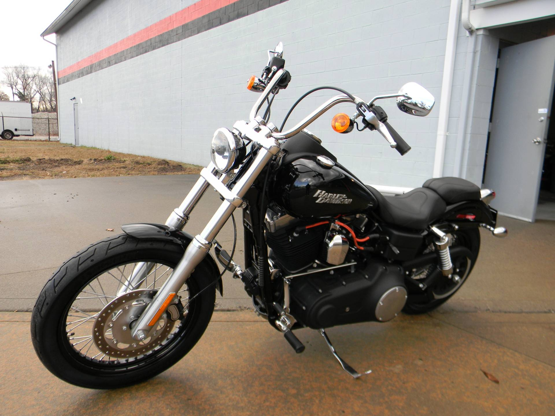 2012 Harley-Davidson Dyna® Street Bob® in Springfield, Massachusetts - Photo 4