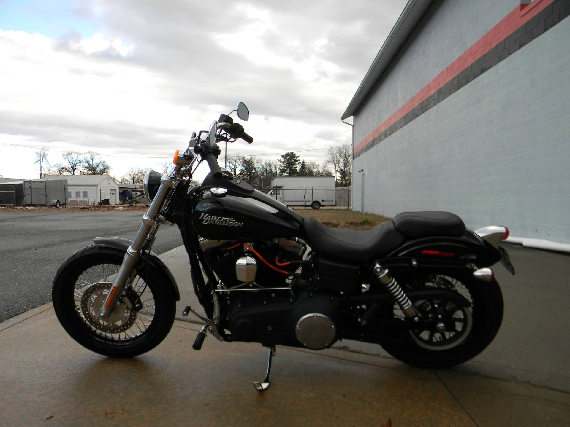 2012 Harley-Davidson Dyna® Street Bob® in Springfield, Massachusetts - Photo 5