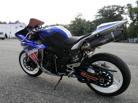 2010 Yamaha YZF-R1 LE in Springfield, Massachusetts