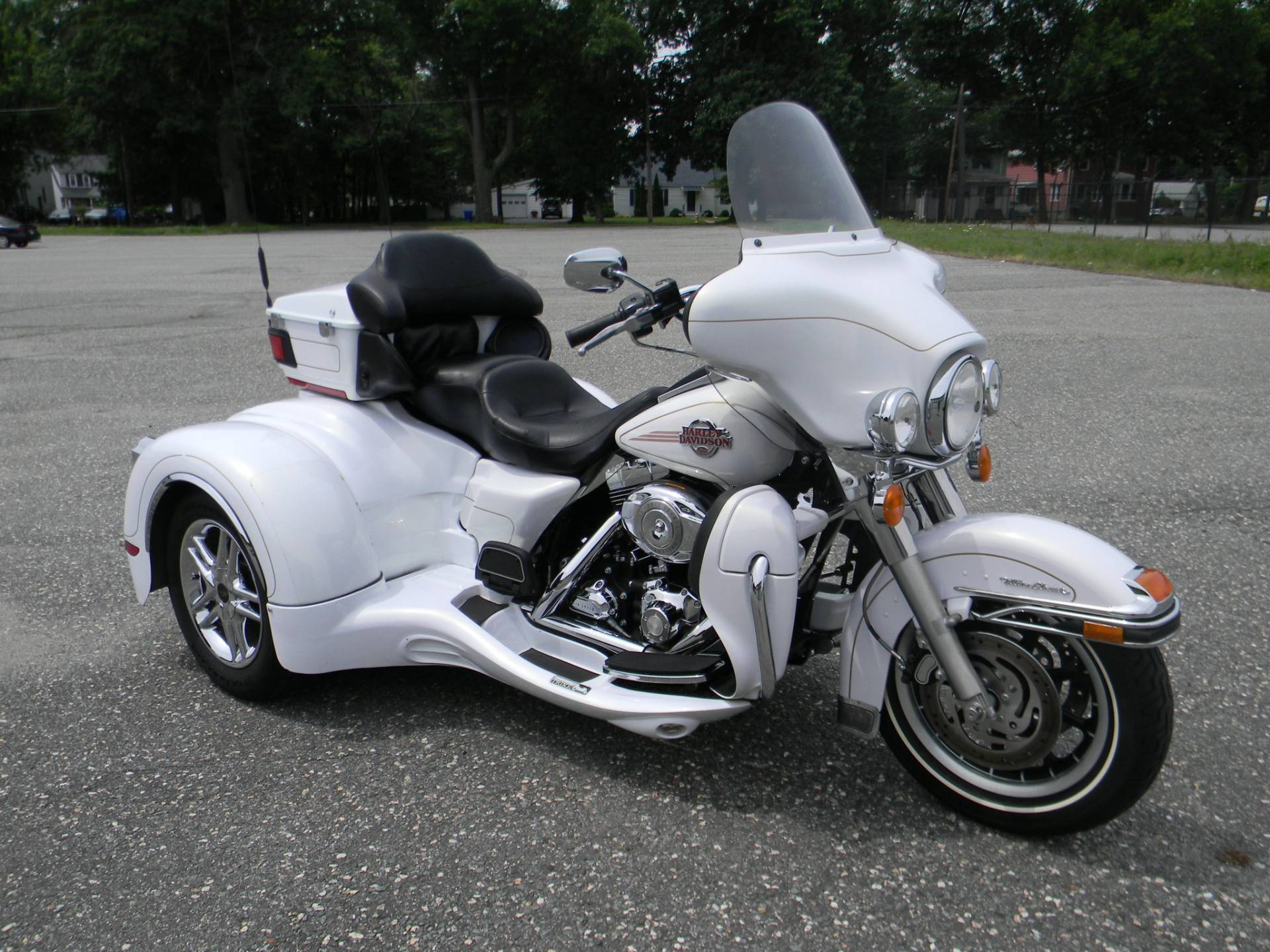 2007 Harley-Davidson Ultra Classic® Electra Glide® in Springfield, Massachusetts - Photo 2