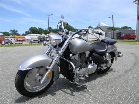 2005 Honda VTX™ 1300R in Springfield, Massachusetts - Photo 5