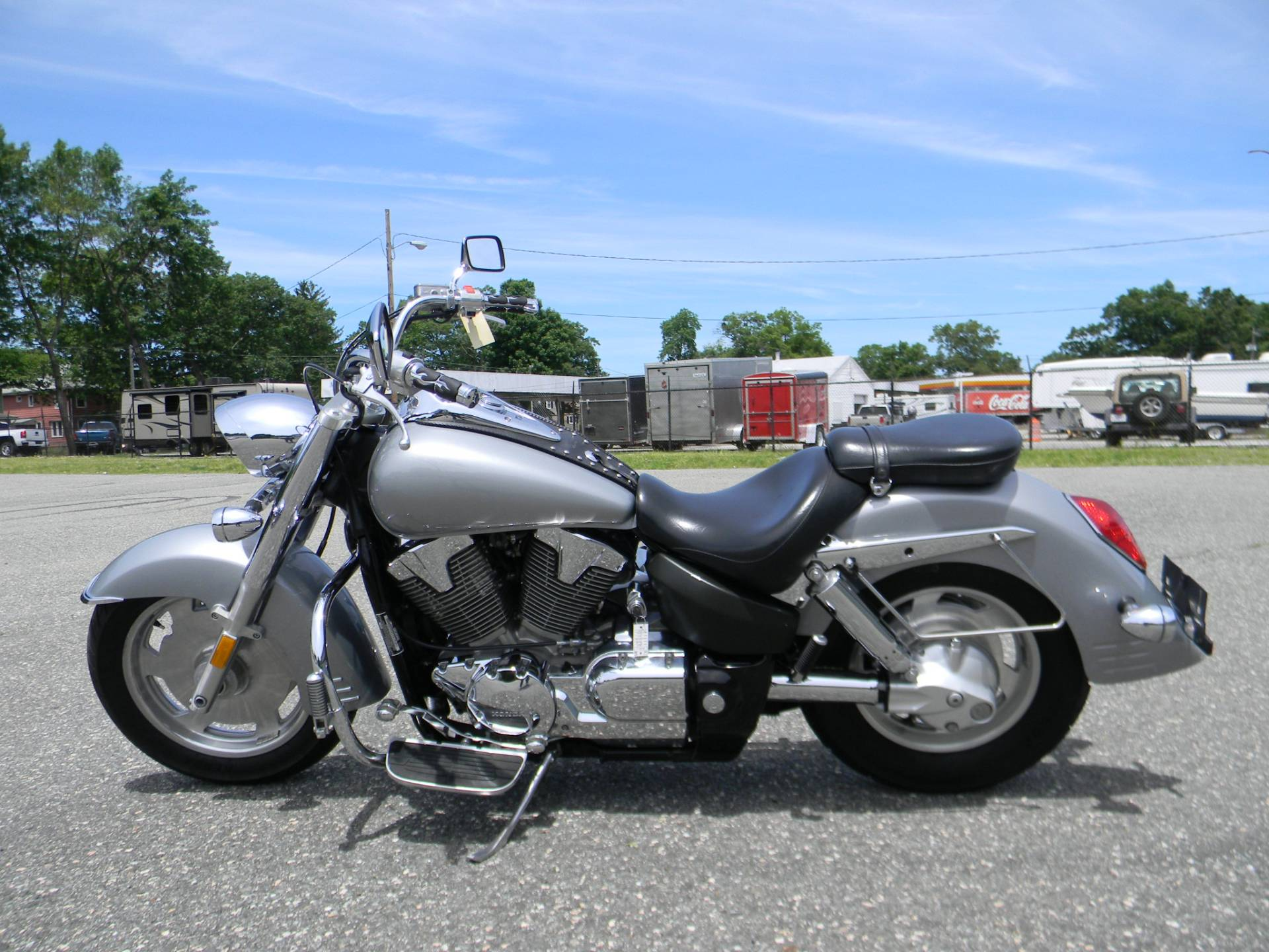 2005 Honda VTX™ 1300R in Springfield, Massachusetts - Photo 6