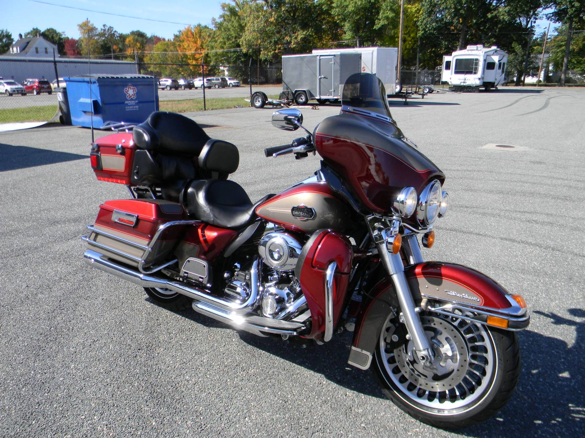 2009 Harley-Davidson Ultra Classic® Electra Glide® in Springfield, Massachusetts - Photo 2