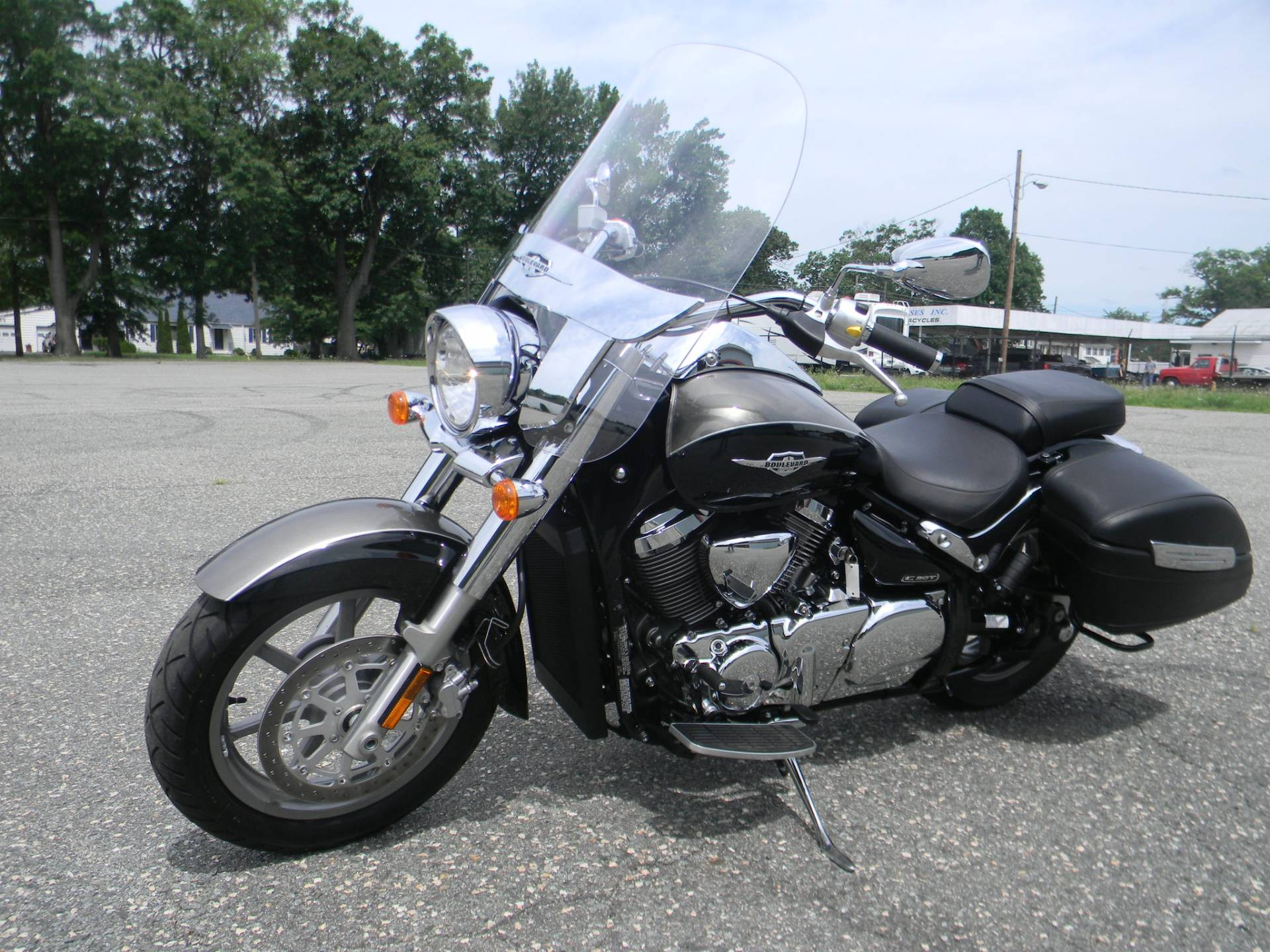 2015 Suzuki Boulevard C90T in Springfield, Massachusetts - Photo 5
