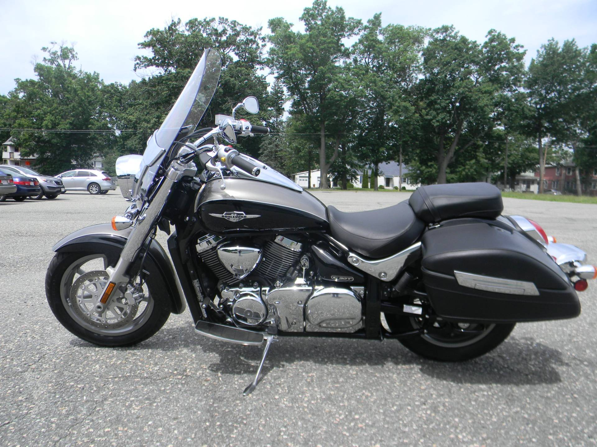 2015 Suzuki Boulevard C90T in Springfield, Massachusetts - Photo 6