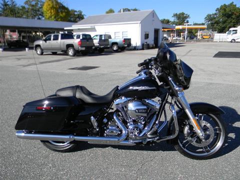 2016 Harley-Davidson Street Glide® in Springfield, Massachusetts