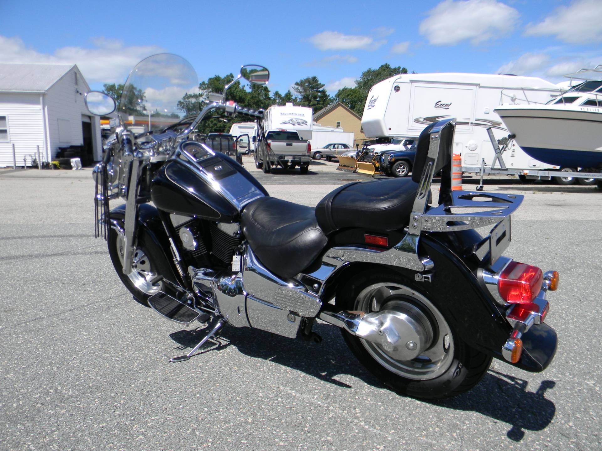 2001 Suzuki Intruder LCVL 1500 in Springfield, Massachusetts - Photo 6