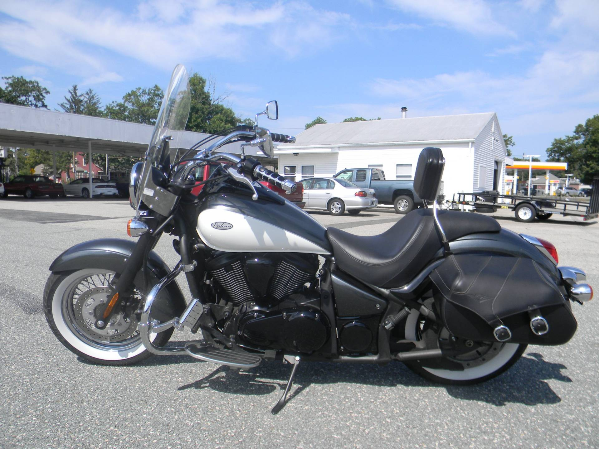 2012 Kawasaki Vulcan® 900 Classic in Springfield, Massachusetts - Photo 5