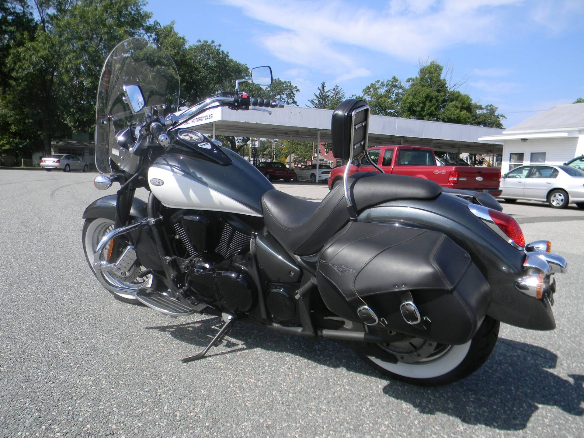 2012 Kawasaki Vulcan® 900 Classic in Springfield, Massachusetts - Photo 6