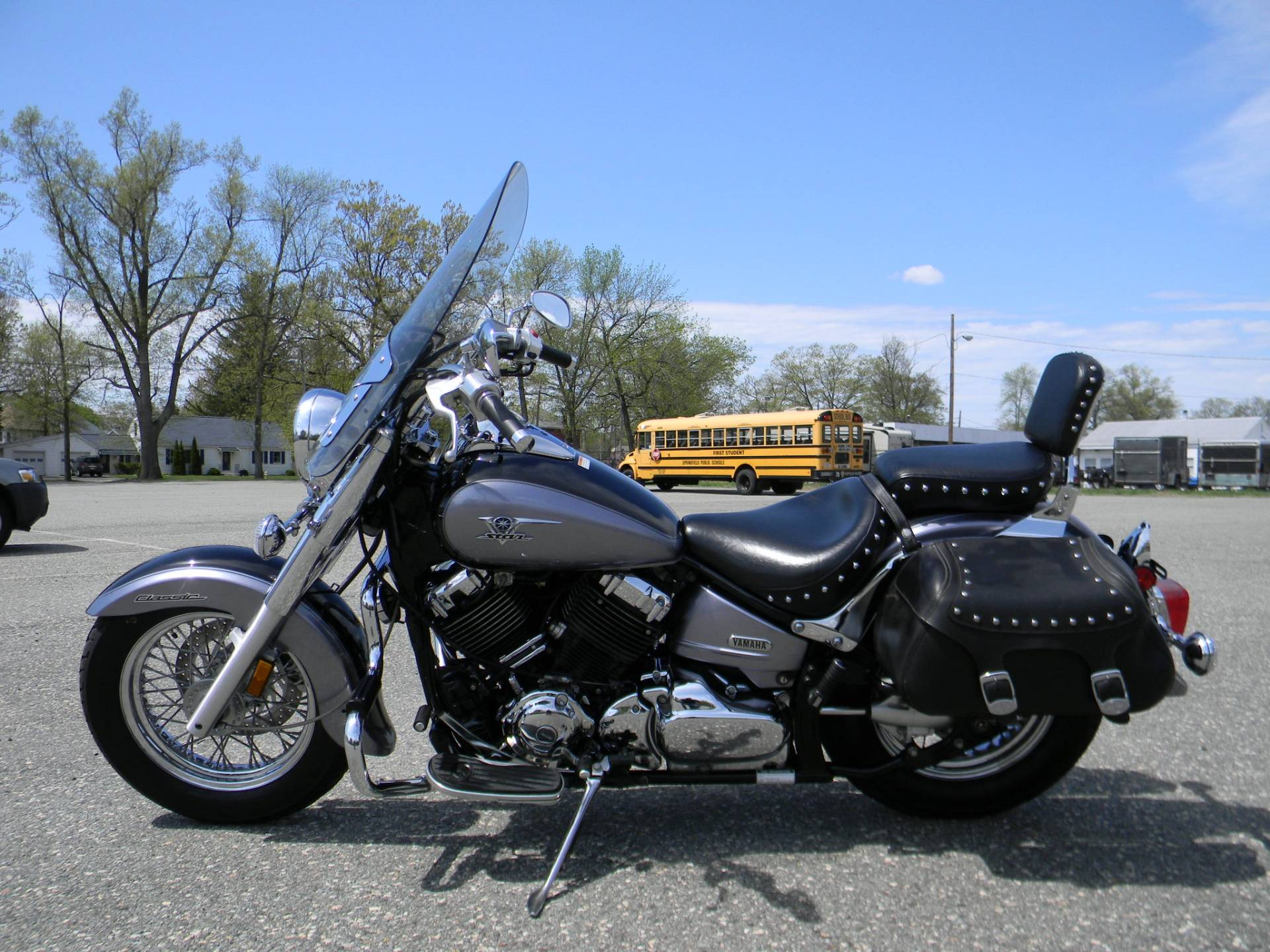 2005 Yamaha V Star 650 in Springfield, Massachusetts