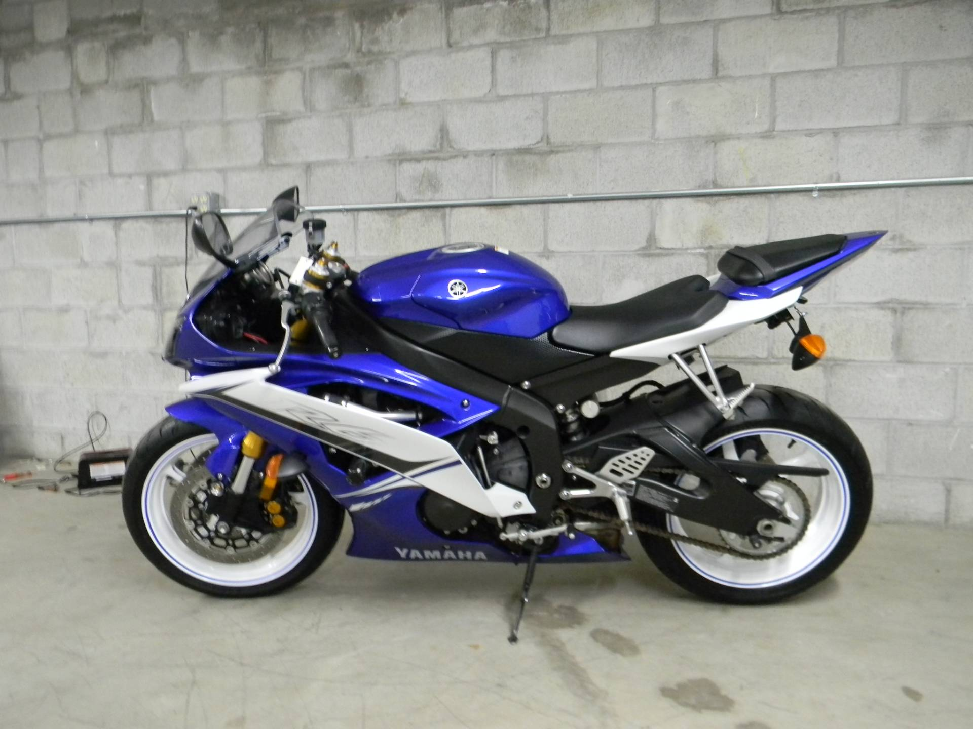 2011 Yamaha YZF-R6 5