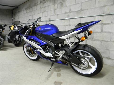 2011 Yamaha YZF-R6 in Springfield, Massachusetts - Photo 6