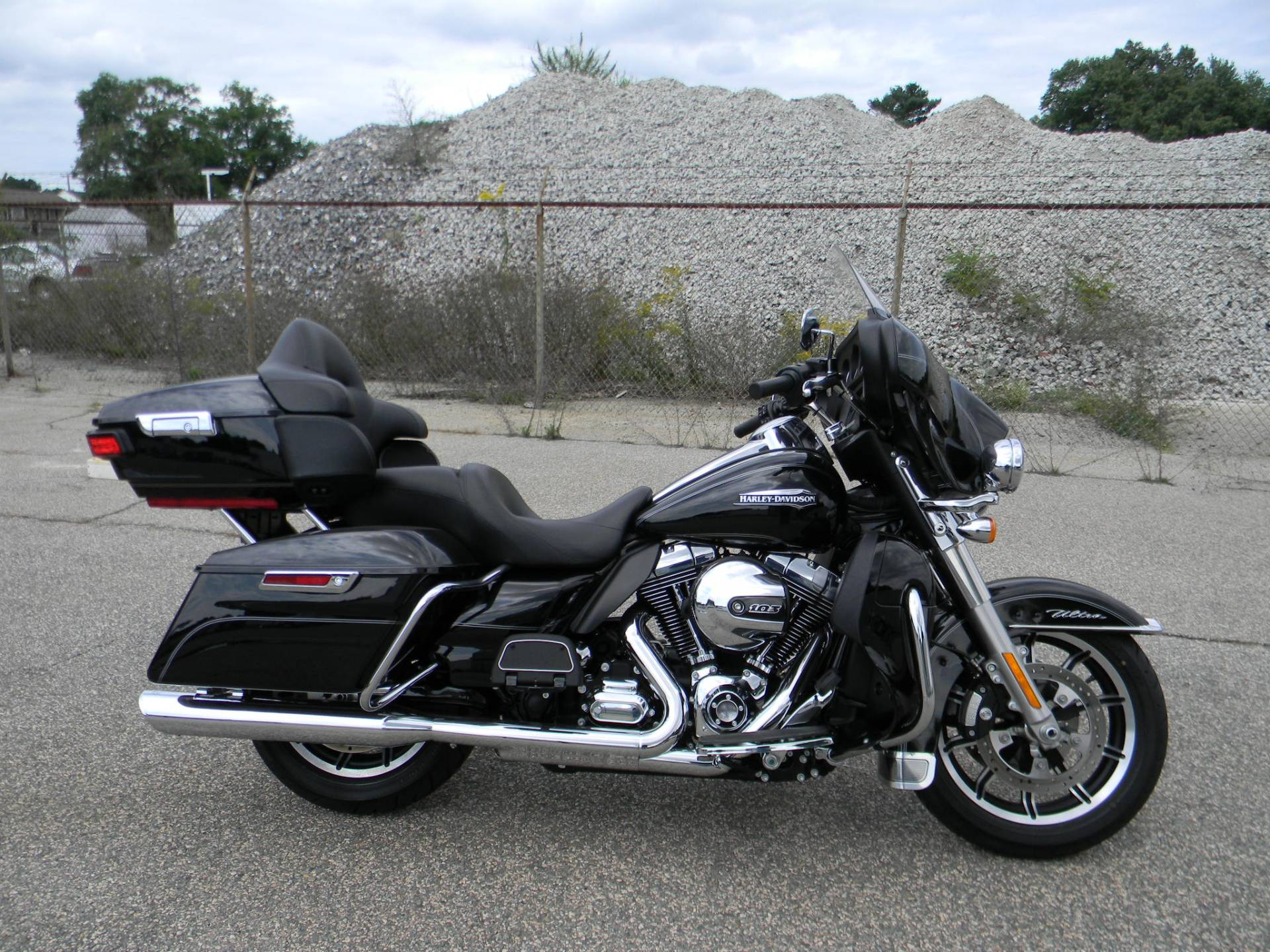 2015 Harley-Davidson Electra Glide® Ultra Classic® in Springfield, Massachusetts - Photo 1